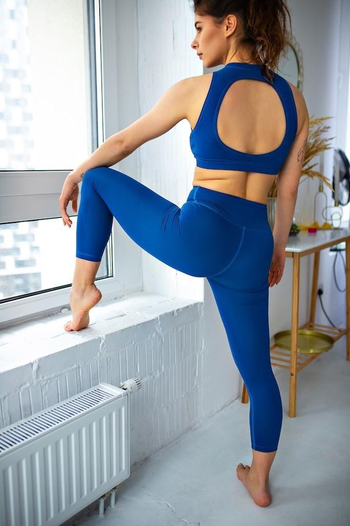 Які властивості мають бути у тканини для спортивного одягу
